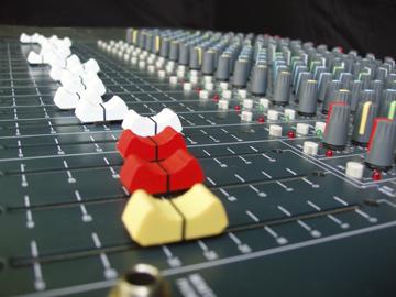 EJAudioverhuur | Geluid en licht voor uw feest.